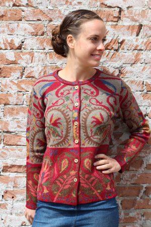 Dames vest gebreid rood blauw bruin Manuela Bedford alpaca wol