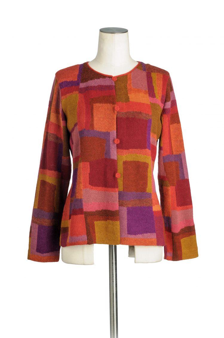 Rood-oranje-gebreid-vest-alpaca-wol-bolivia-millma-vest-exclusieve-mode