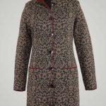 alpaca-damesvest-lang-klassiek-silvana-coat-beige-warmgrijs-rood