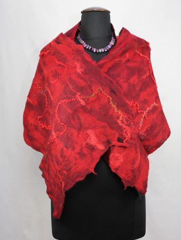 wol-vilt-shawl-rood-kunstzinnig-handgemaakt