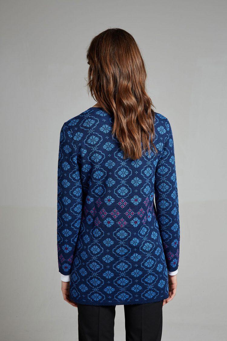 Lang blauw dames vest gebreid alpaca wol Manuela Bedford