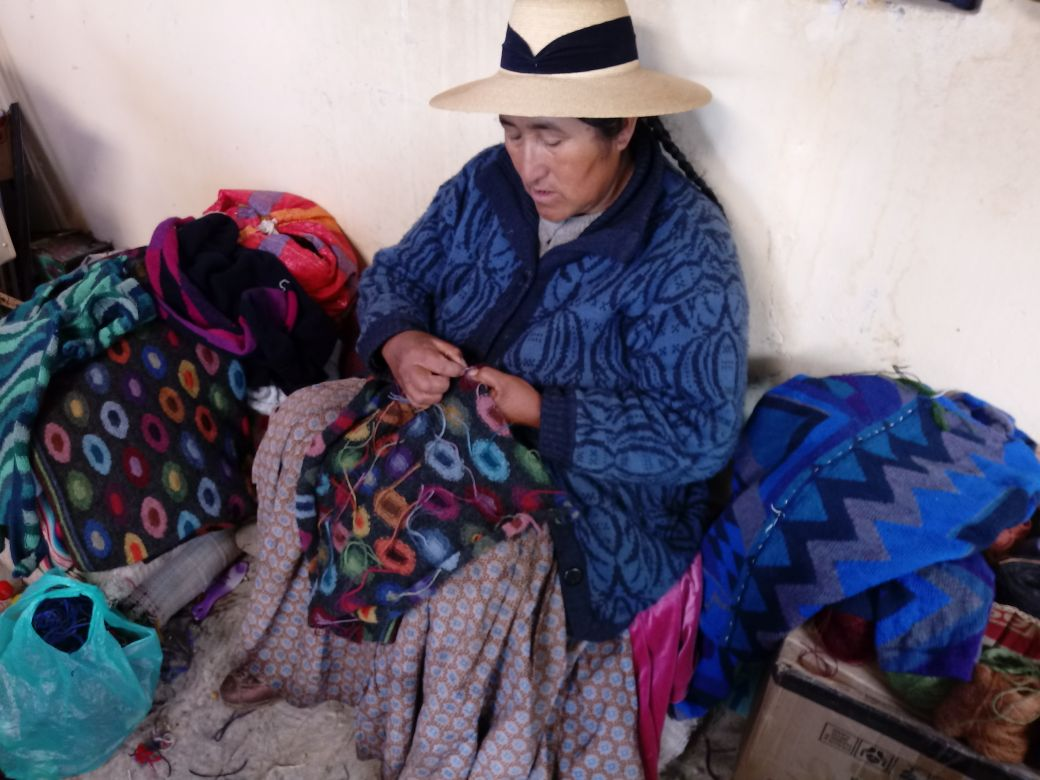 Handwerk intarsia breien Peru ARAÑA