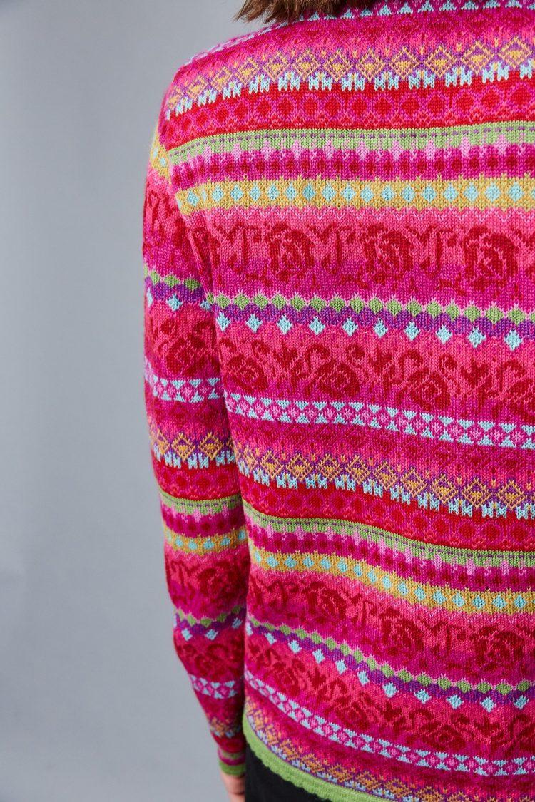 Manuela bedford roze gebloemd fair isle motief dames vest